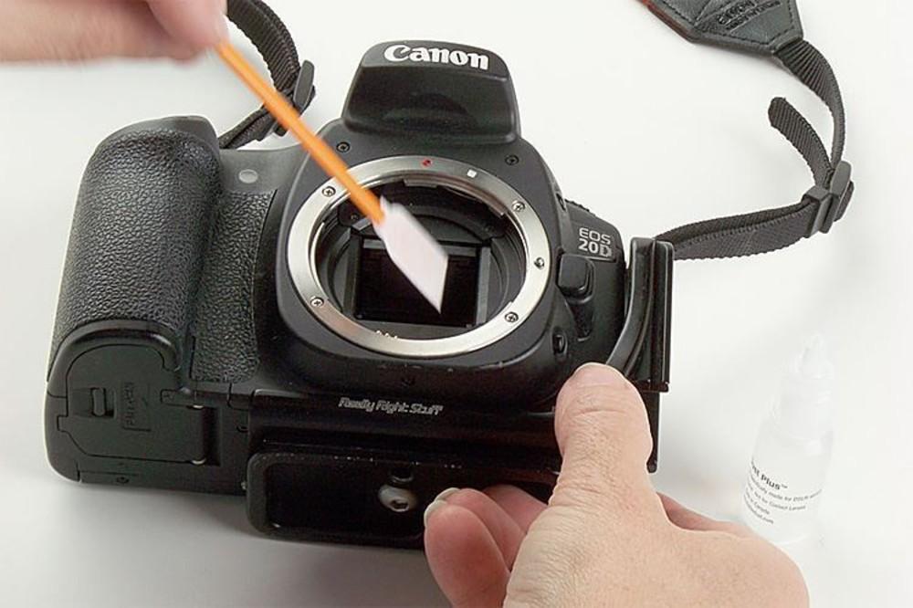чистка матрицы зеркального фотоаппарата в москве артистки состоялся клипе